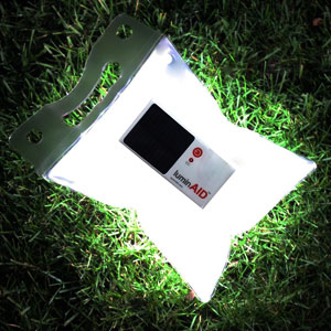 透明太阳能血袋灯
