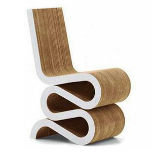 瓦楞纸板椅子——弗兰克盖里